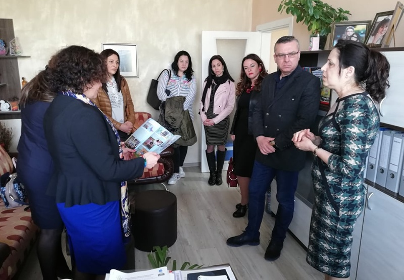 Благородни дами дариха нови уреди за рехабилитация на бургаски деца