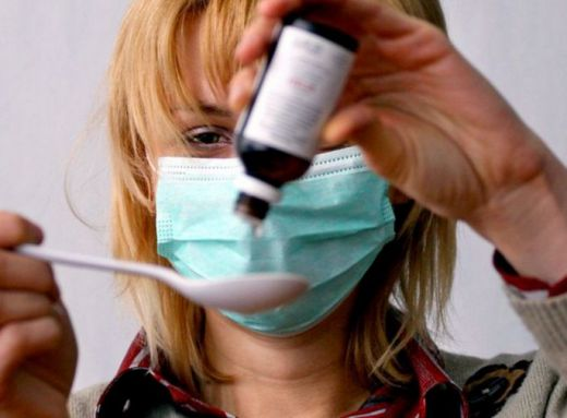 Свинският грип натръшка стотина в Русия