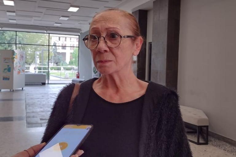 Капка Роглева: Плача заедно с децата, когато концертите ни падат