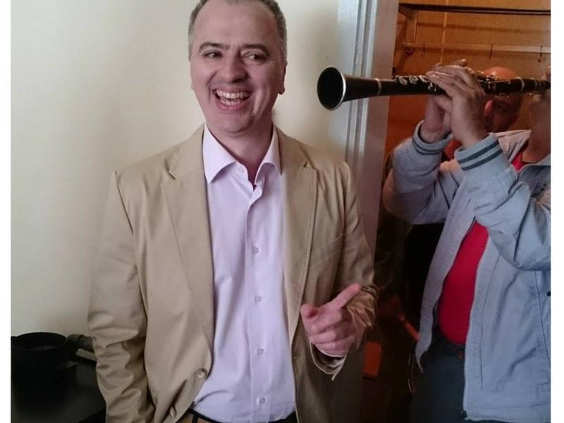 Не са ви нужни цигари, а чаша вино и радост от живота, казва д-р Сардовски – лекуващият сърца