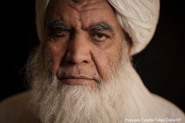 Талибаните връщат публичните екзекуции и отсичането на ръце