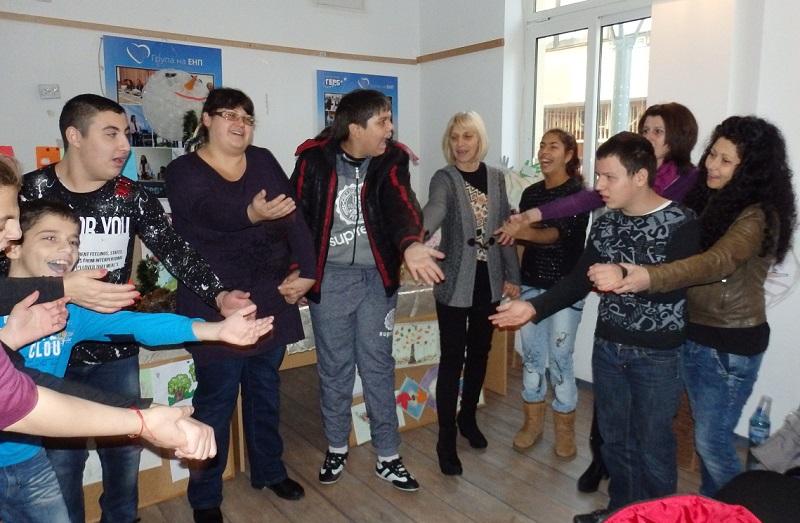 Специалните деца от Средец с първа самостоятелна изложба