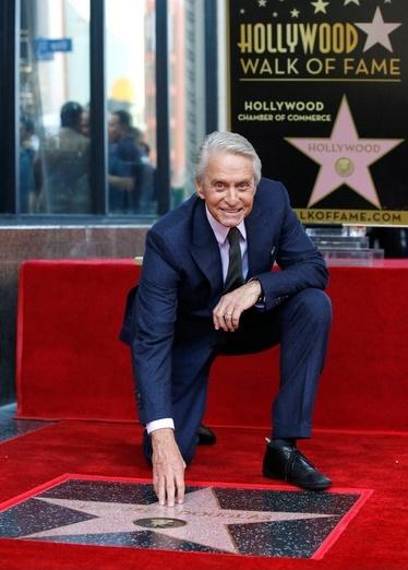 Майкъл Дъглас се присъедини към звездната Алея на славата