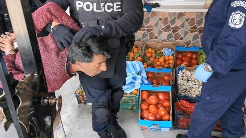 Арести в Горно Езерово заради незаконна търговия с лекарства