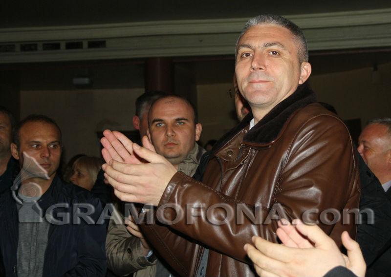 Мустафа Карадайъ идва в Бургас заради казуса с Ангел Исаев