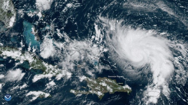 Пет жертви взе ураганът Дориан