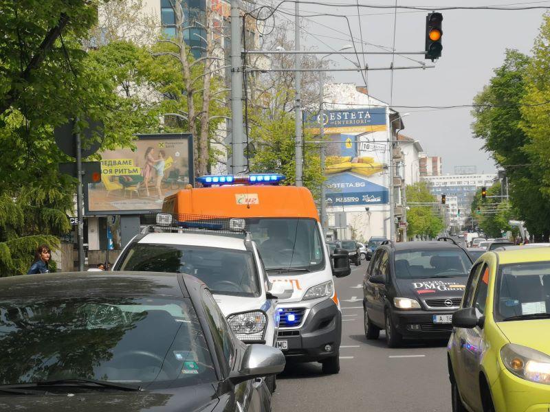 Жена припадна на пешеходна пътека в Бургас