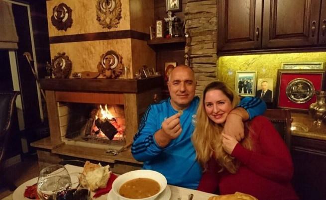 Роди се внучето на премиера Борисов