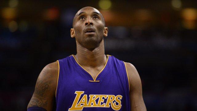 Легендата на НБА Коби Брайънт загина в авиокатастрофа