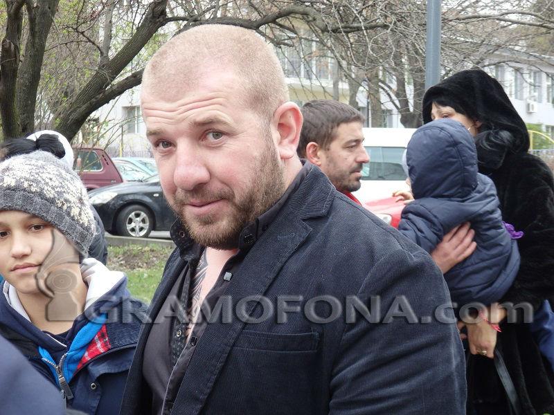Динко Вълев: Полицаите са българи като мен!