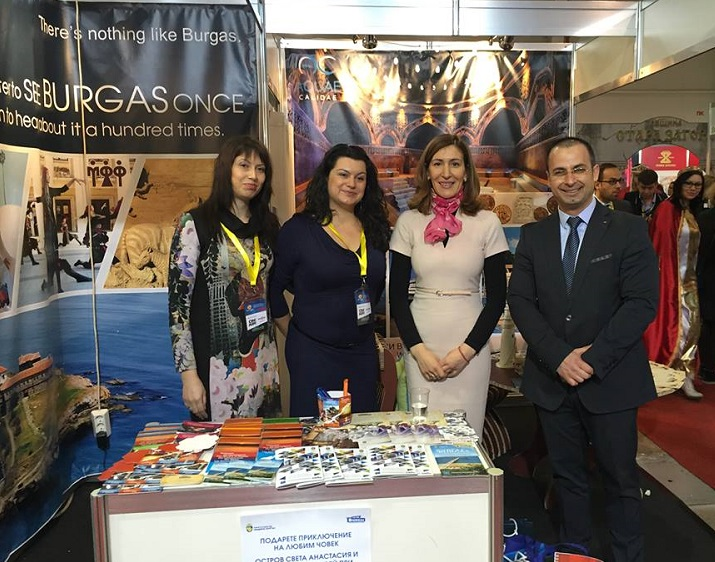Министър Ангелкова на бургаския щанд на Ваканция и Спа Експо