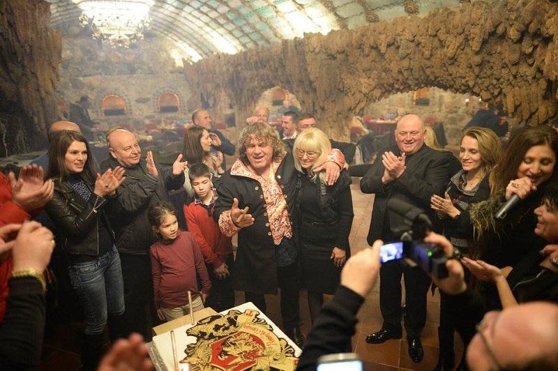 Кметове, бизнесмени, спортисти и звезди празнуваха юбилея на Георги Тумпалов