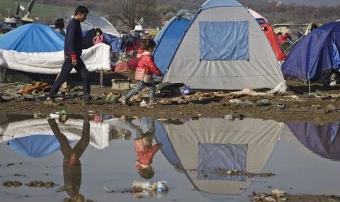 Евакуация на бежанци от Идомени