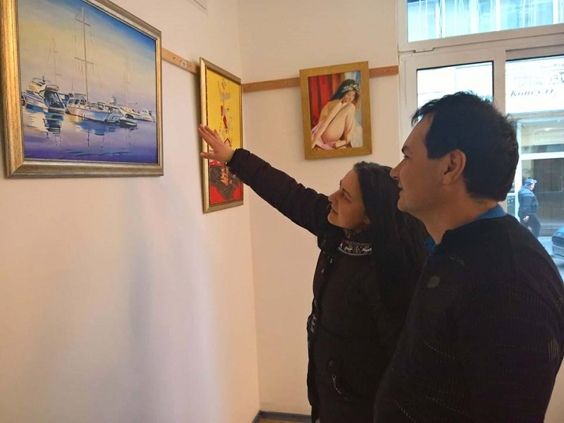 """Изложба """"Морски шепот"""" ще представи художникът Димитър Миланов"""