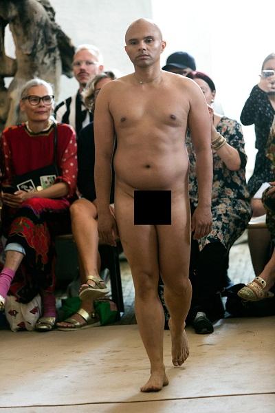 Датски дизайнер показа голи модели на Седмицата на модата в Стокхолм