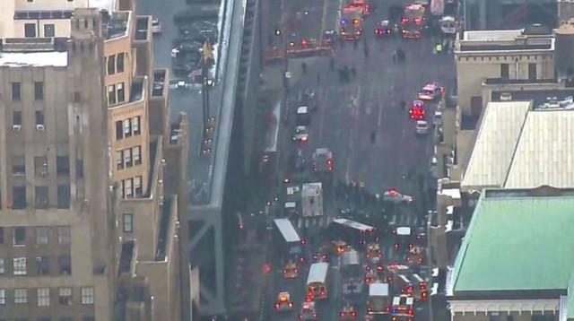 """Eксплозия на гара в близост до """"Таймс скуеър"""" в Ню Йорк"""