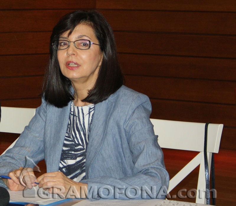 Образователният министър поиска 30 милиона за наука