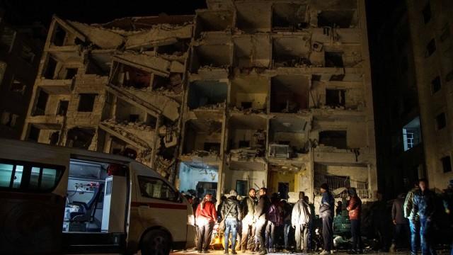 23 загинаха при експлозия в сирийски град