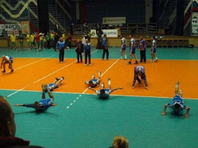 Хандбалистите на Фрегата триумфираха с 29:22 срещу Локомотив Варна