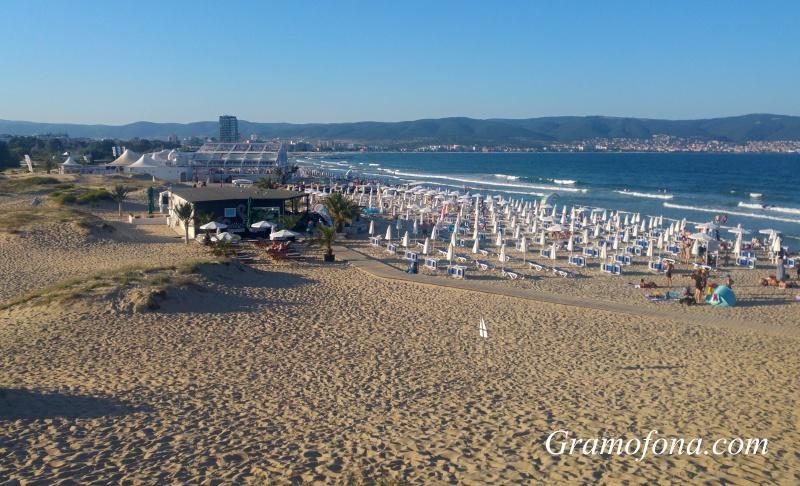 Туристи само питат, но не запазват почивки в Слънчев бряг, курортът по-пуст отколкото селата наоколо