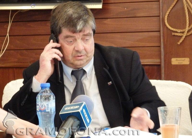 Ангел Божидаров като Тодор Живков