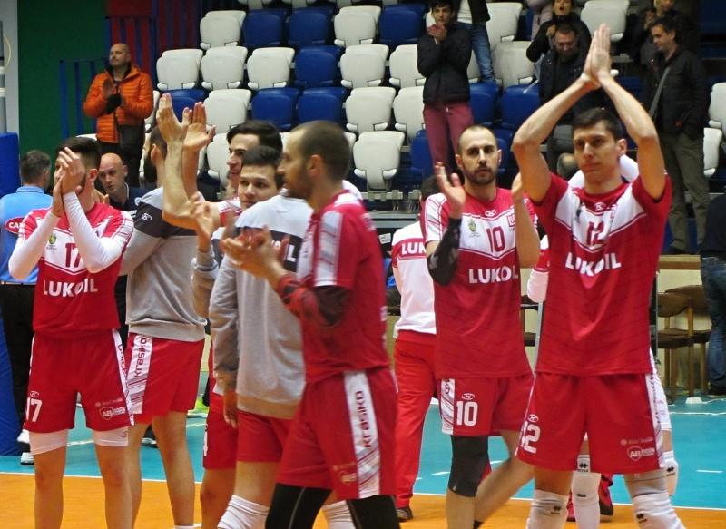 Шампионски сблъсък в Бургас: Волейболният Нефтохимик се изправя срещу Олиампиакос