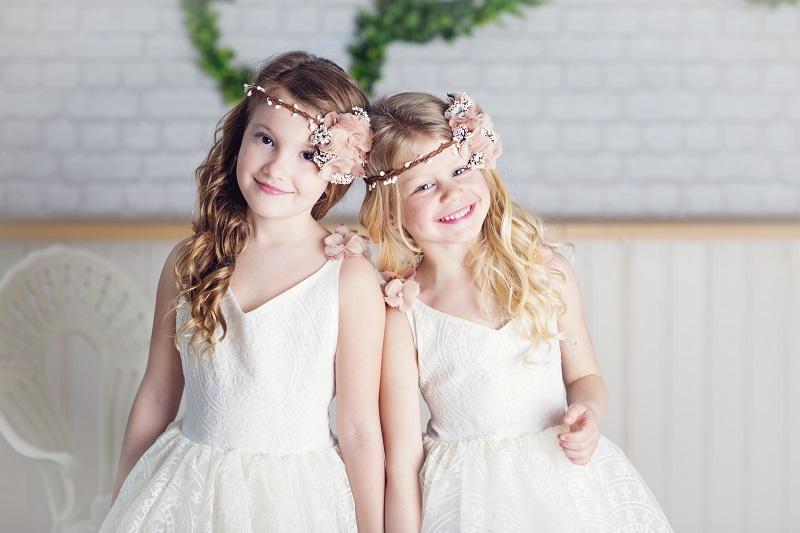 Grand Wedding Expo ще покаже най-новата колекция детски бутикови облекла Salzarra и разкошните сватбени рокли на Pronovias