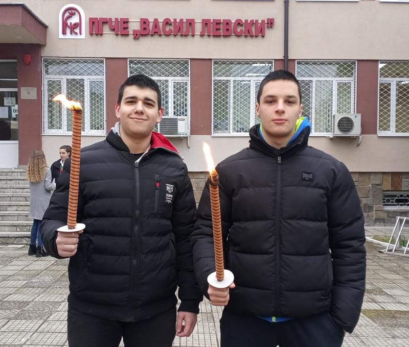 Разтърсващ рецитал за гибелта на Левски в Бургас