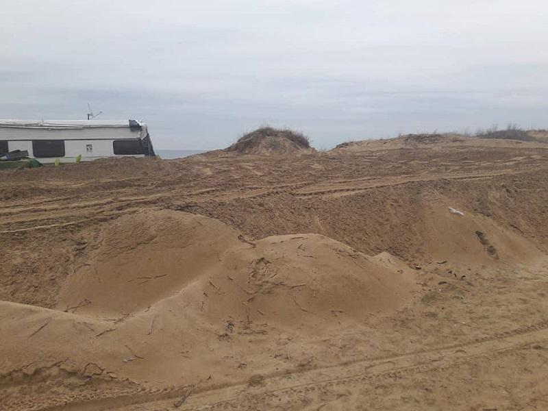 """Проверката установи: 1205 кв. м дюни са унищожени на къмпинг """"Смокиня"""""""
