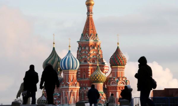 Москва посрещна Коледа при минус 30 градуса