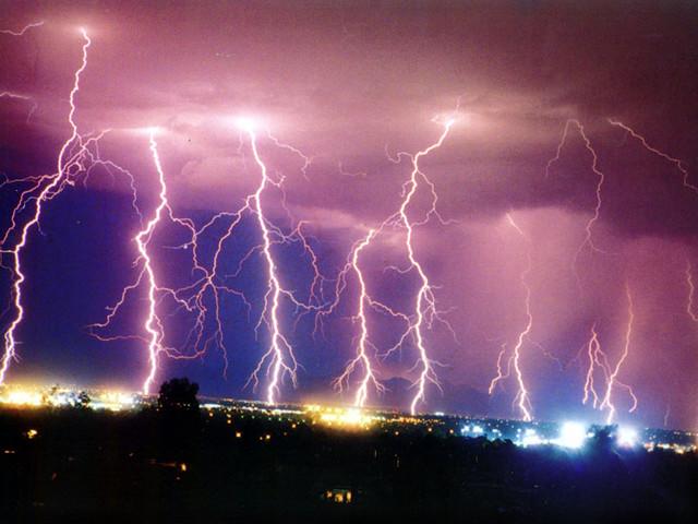 Гръмотевични бури и градушка по Черноморието