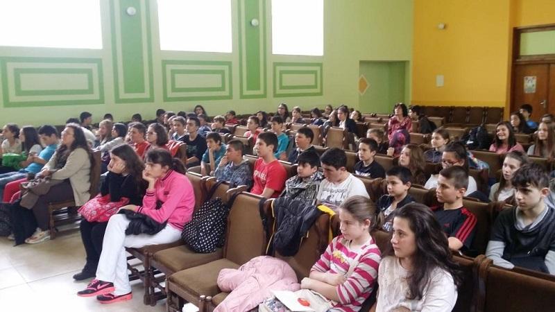 Лекция по пътна безопасност в бургаско училище