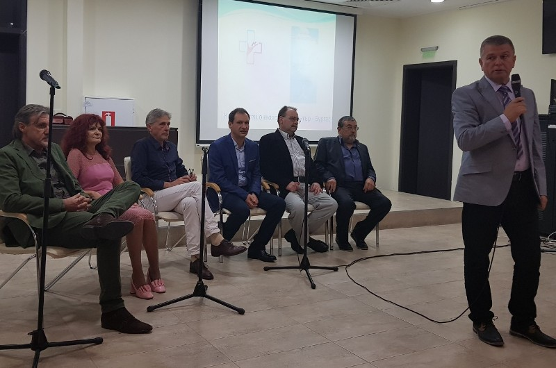 """КОЦ-Бургас стартира собствена кампания """"Бяла лястовица на надеждата"""""""