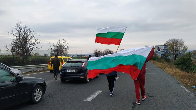 Полицията обяви алтернативни маршрути за шофьорите, които искат да избегнат протестите