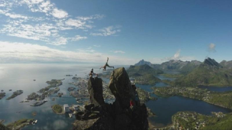 Норвежец направи салто на 355 метра височина