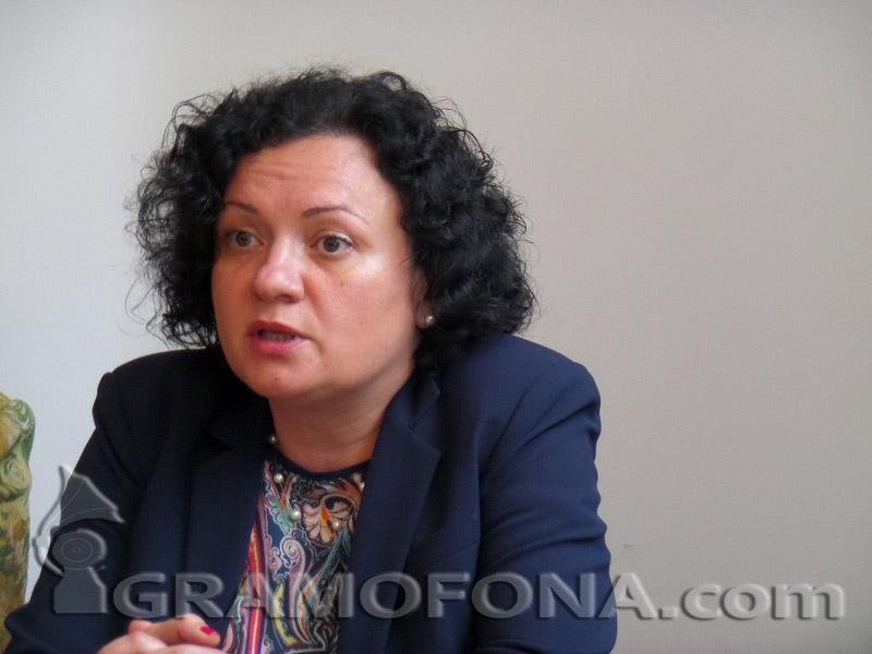 Ивелина Василева разочарована, че САЩ се оттеглят от Парижкото споразумение
