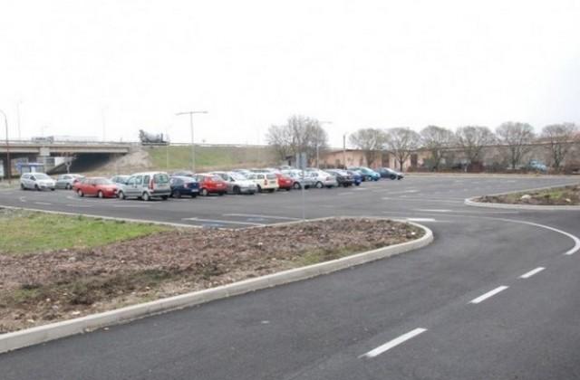 Паркингът в Сарафово става платен за лятото
