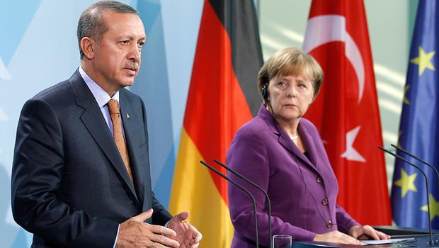 Германия призна арменския геноцид, Турция отзова посланика си