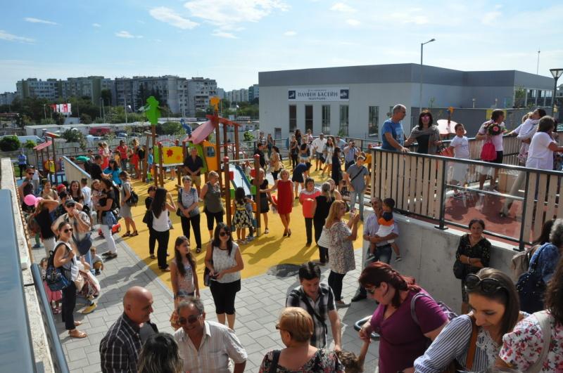 Тестват целия персонал в детските градини в Бургас за коронавирус