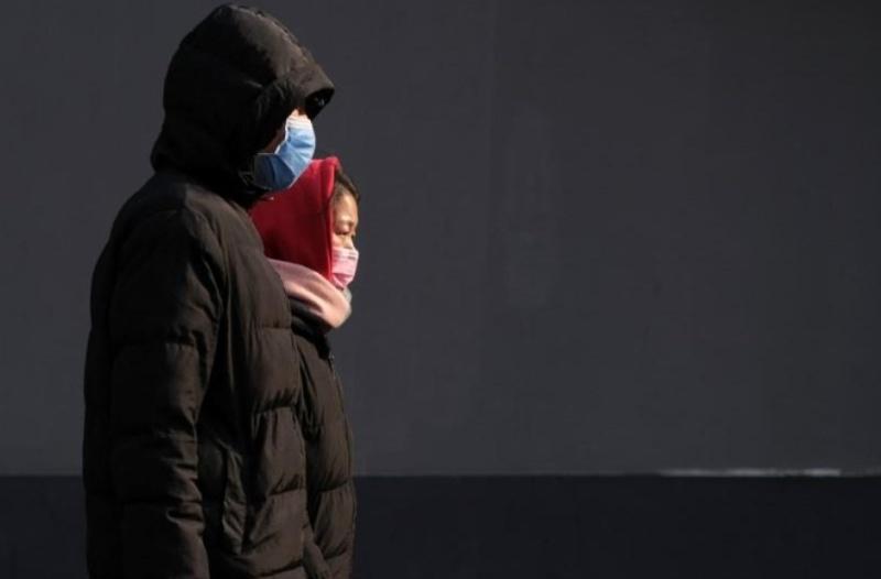 В Китай става страшно - новият коронавирус убива хора вече и извън Хубей