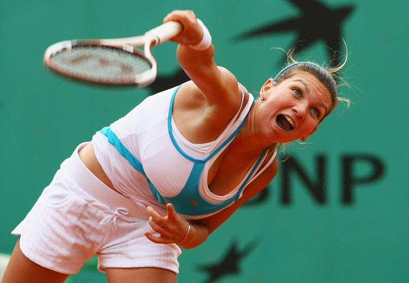 Шампионката от Уимбълдън намалила с три размера бюста си, за да играе тенис