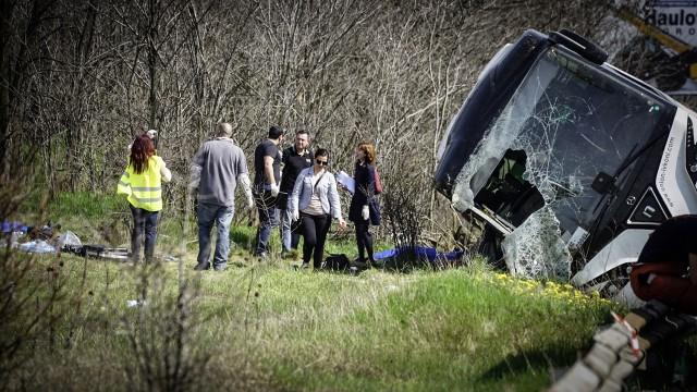Момче от руенско село в катастрофиралия автобус