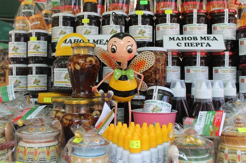 За 14-ти път Фестивал на мановия мед в Царево