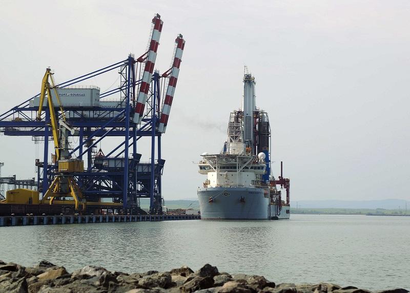 220 000 евро на ден плащат петролни компании за Noblе Globetrotter II