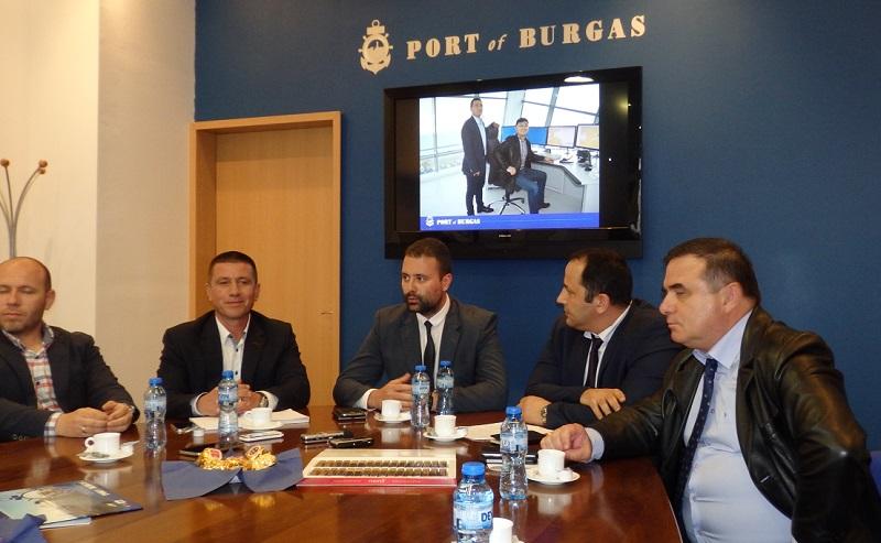 Бургас - вторият град след Хамбург, в който Китай ще има хъб