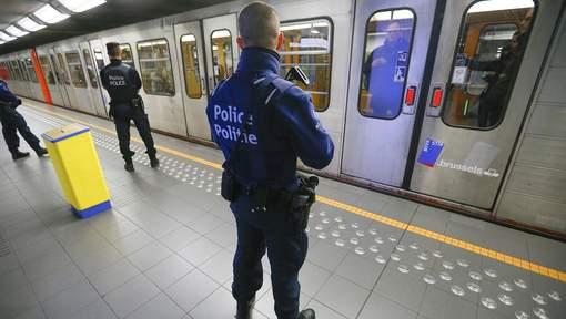 Затварят входове на метрото в Брюксел заради заплахи от тероризъм