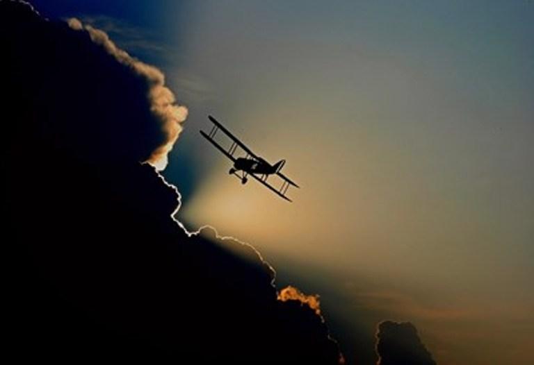 Самолет падна край Пловдив, двама мъже загинаха