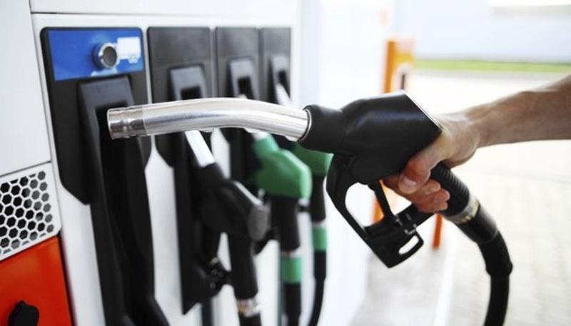 МВР, НАП и митницата проверяват бензиностанции и склад за гориво в Бургаско