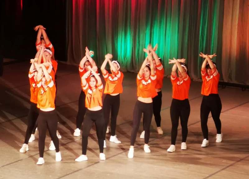 Спиращи дъха танци в Бургас