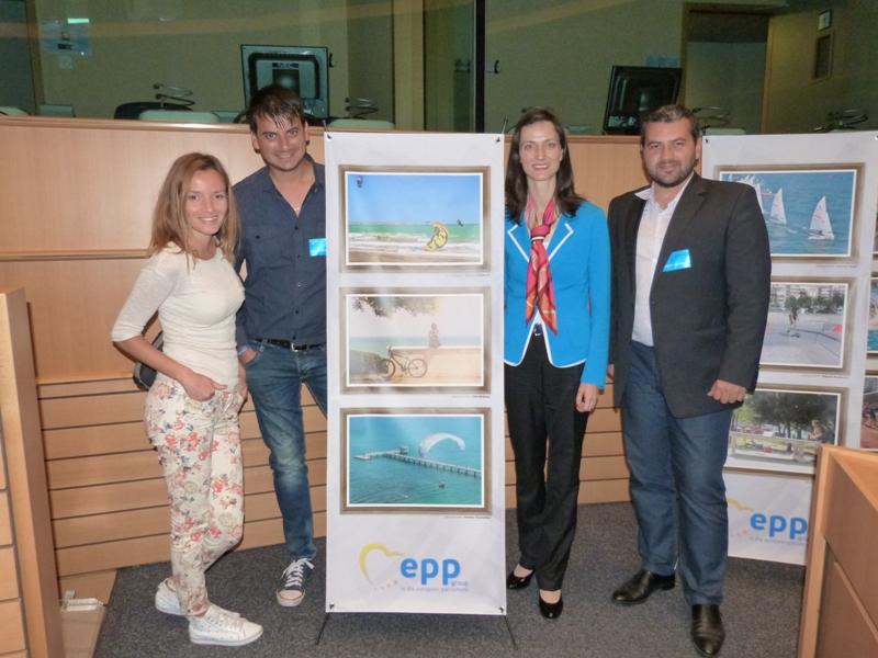 Посещение до Европарламента за победители от фотоконкурс